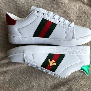 💓 New Guccii Ace Embroidered Shoes